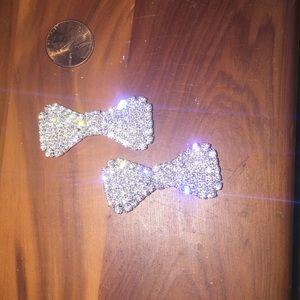 Accessories - Pair of rhinestone barrettes